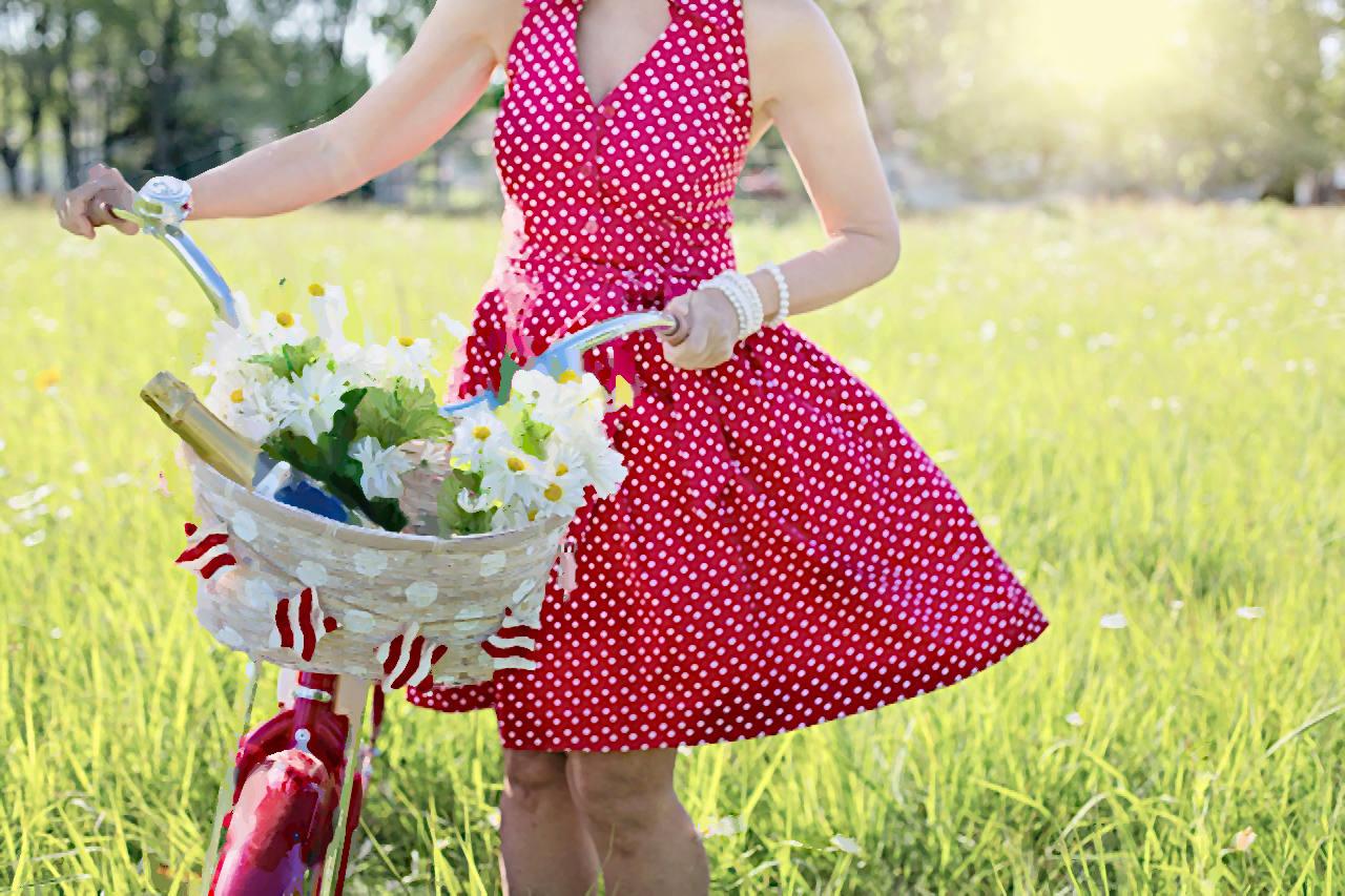 червена лятна рокля